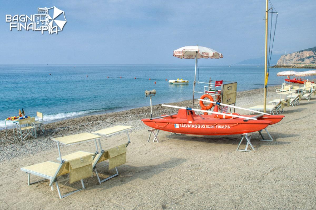 beach1-min